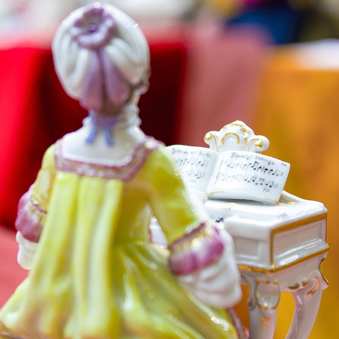 Schatztruhe bei Franzen: Porzellan, Figuren und mehr zum Sonderpreis