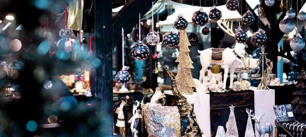 Weihnachtsmarkt auf der KÖ in Düsseldorf bei Franzen