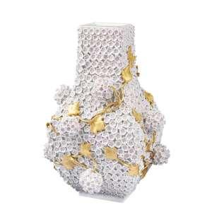 Vase Schneeballblüten
