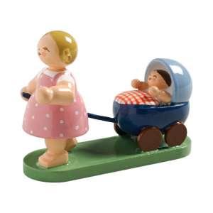 Mädchen m. Puppenwagen